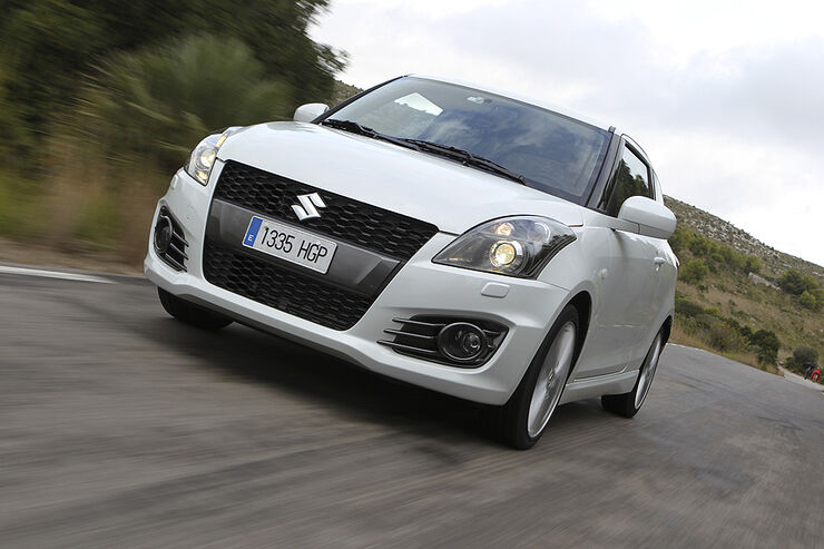 Suzuki Swift Sport, Front