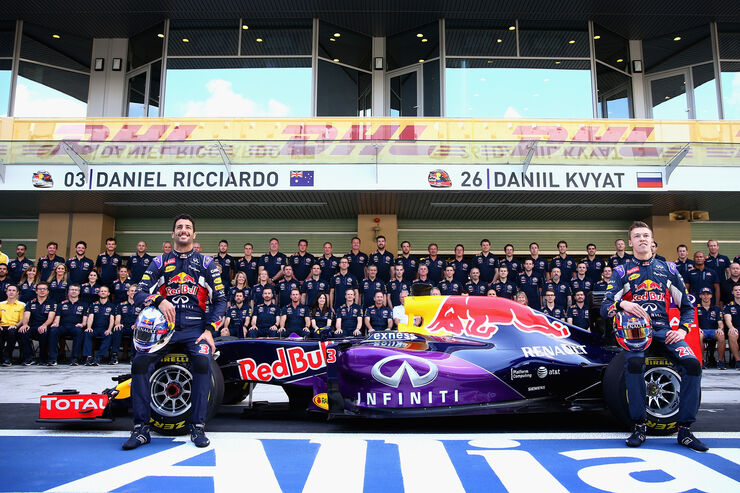 Teamfoto - Red Bull - Formel 1 - 2015