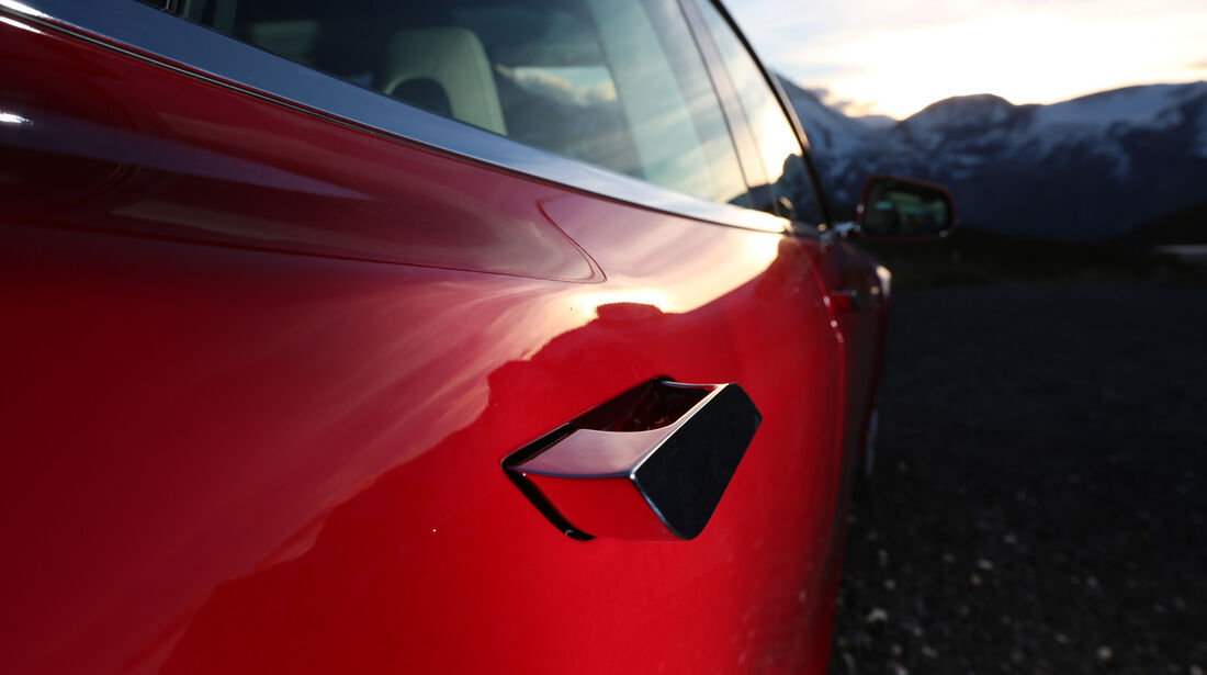 Tesla Model S, Detail