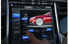 Tesla Model S, Display