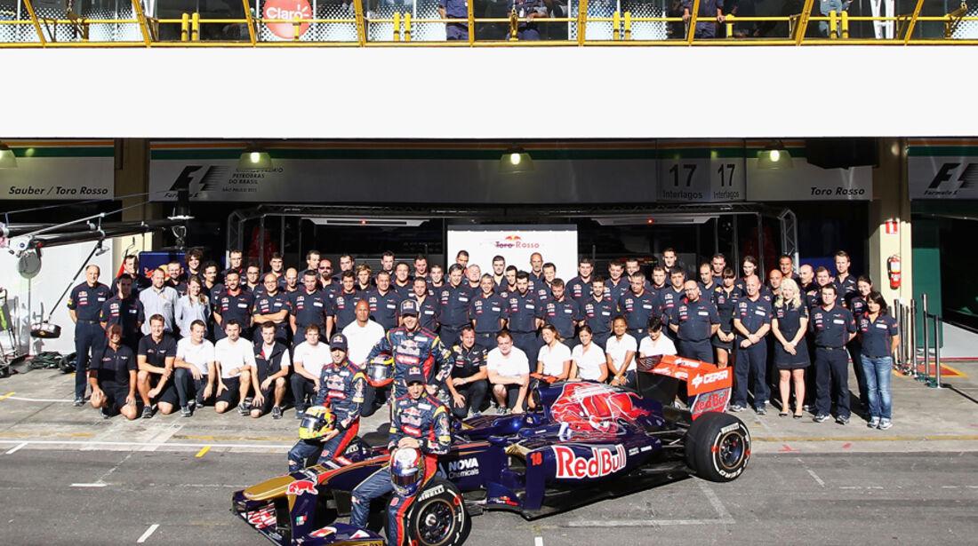 Toro Rosso Teamfoto GP Brasilien 2011
