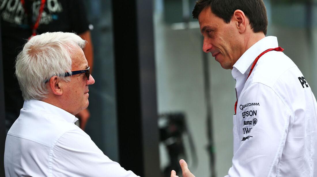 Toto Wolff - Charlie Whiting  - Formel 1 - GP Deutschland - 30. Juli 2016