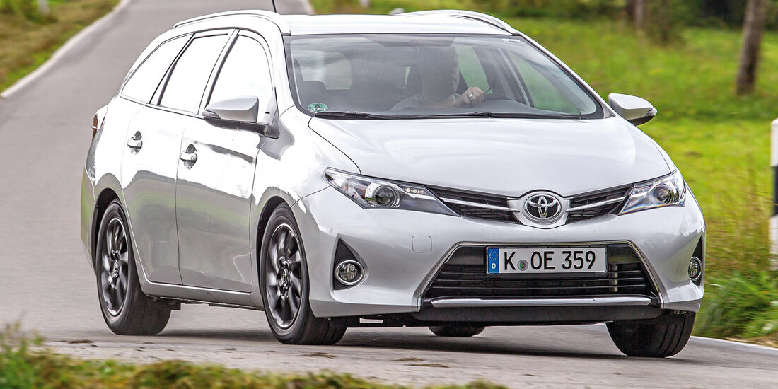 Toyota Auris Touring Sports 2.0 D-4D
