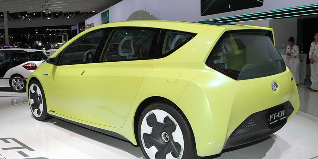 Toyota FT-CH Paris 2010