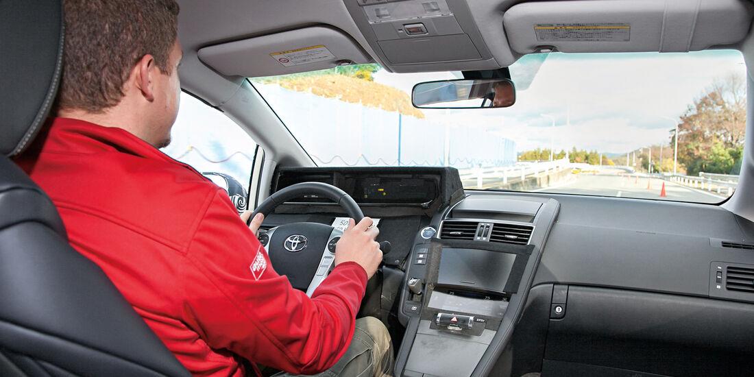 Toyota Fuel Cell Vehicle, Cockpit, Fahrersicht