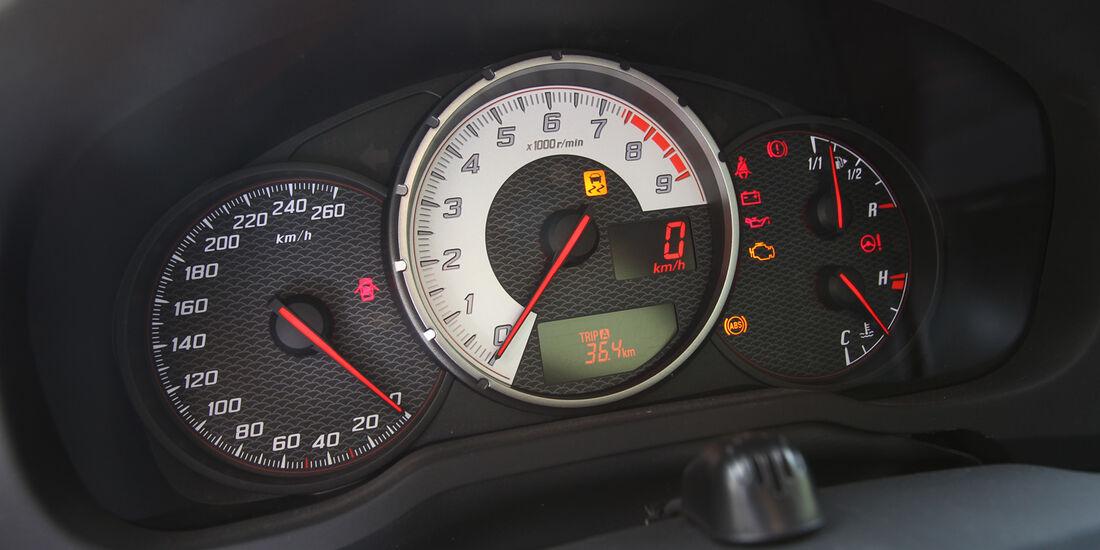 Toyota GT 86, Rundelemente, Tacho