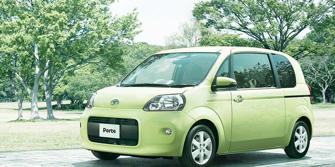 Toyota Porte Japan
