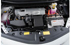 Toyota Prius Plus Life, Motor