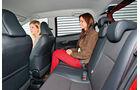 Toyota Yaris 1.4 D-4D Club, Rücksitz, Beinfreiheit