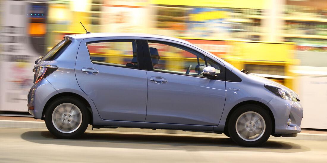 Toyota Yaris 1.5 VVT-i Hybrid Life, Seitenansicht
