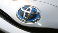 Toyota Yaris Hybrid, Logo