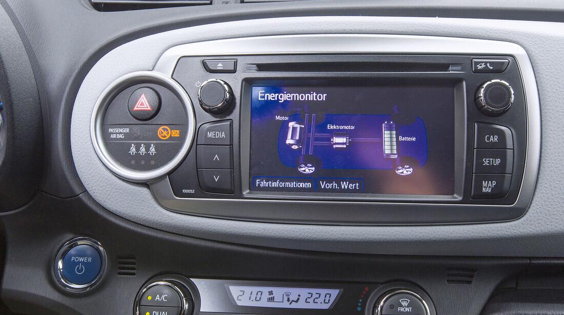 Toyota Yaris, Infotainment