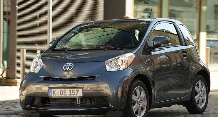 Toyota iQ 1.4 D-4D im Fahrbericht: Neue innere Werte - auto motor ...