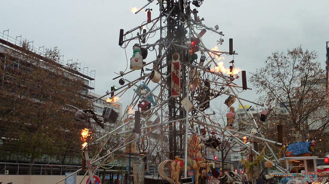 Traffic Tree, Weihnachtsbaum, Berlin