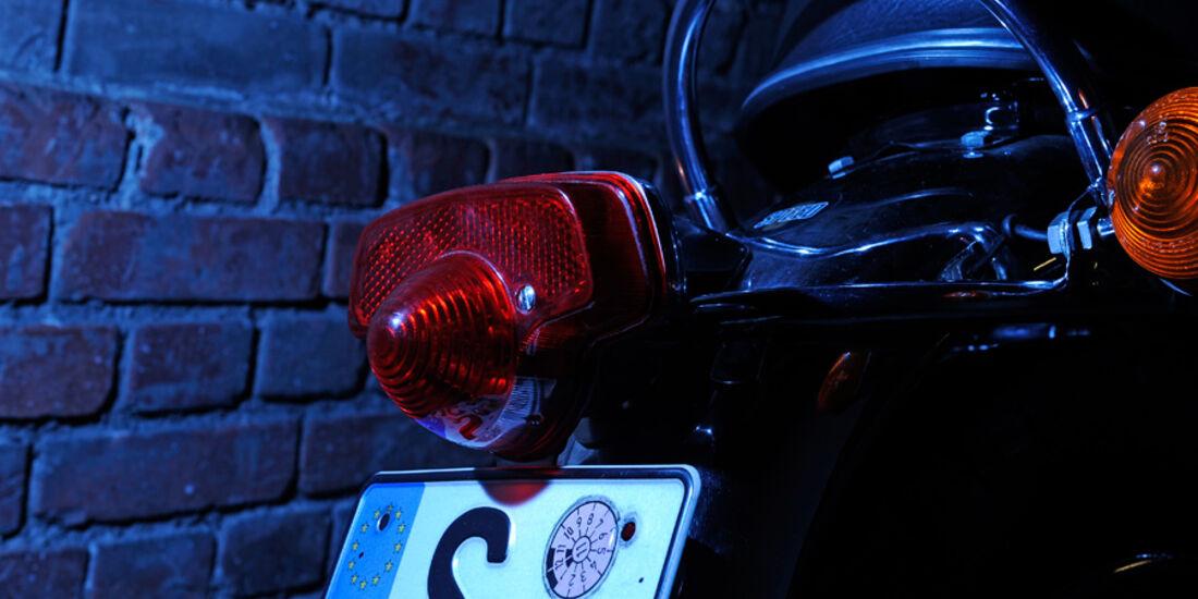 Triumph Bonneville 750, Rücklichter, Detail