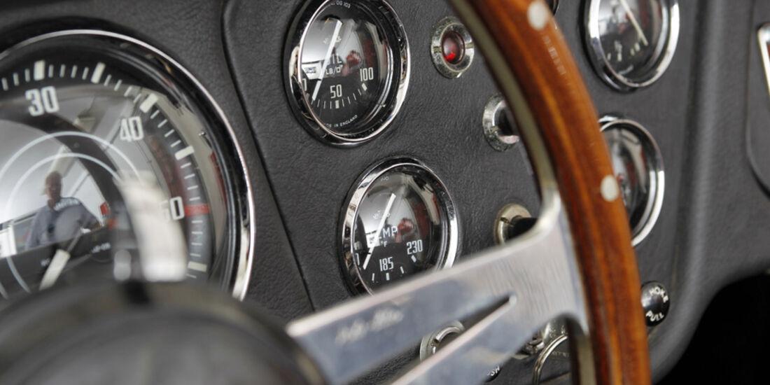 Triumph TR 3, Instrumententafel, Lenkrad, Detail