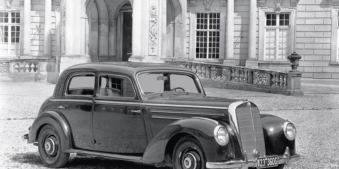 Typ 220, Mercedes, Seitenansicht