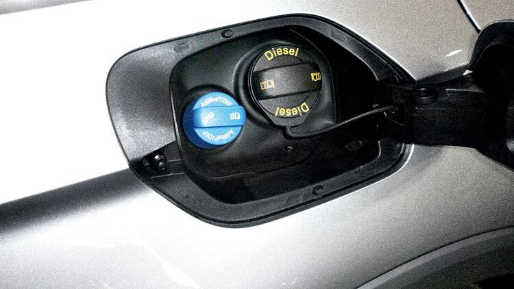 NOx-Abgasreinigung: Das müssen Sie über AdBlue wissen - auto