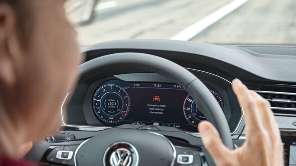 VW Arteon Emergency Assist 2.0