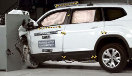VW Atlas Crashtest IIHS USA 2017
