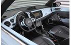 VW Beetle Cabriolet 1.4 TSI Sport, Cockpit, Lenkrad