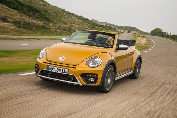 VW Beetle Dune Fahrt vorne Seite