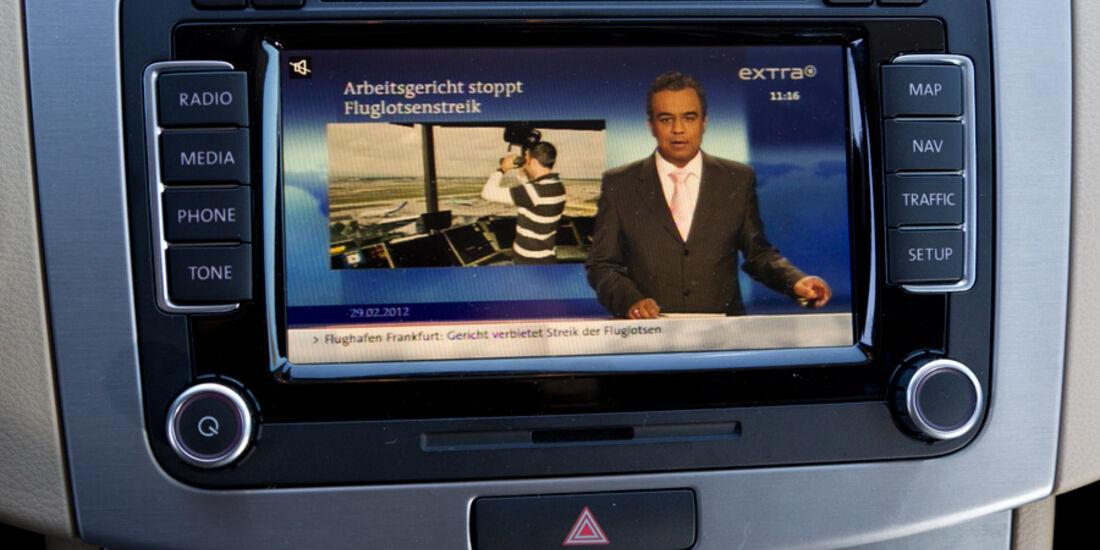 VW CC 2.0 TDI, Navi, Bildschirm, Fernsehem
