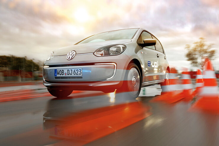 VW E-Up, Frontansicht, Bremstest