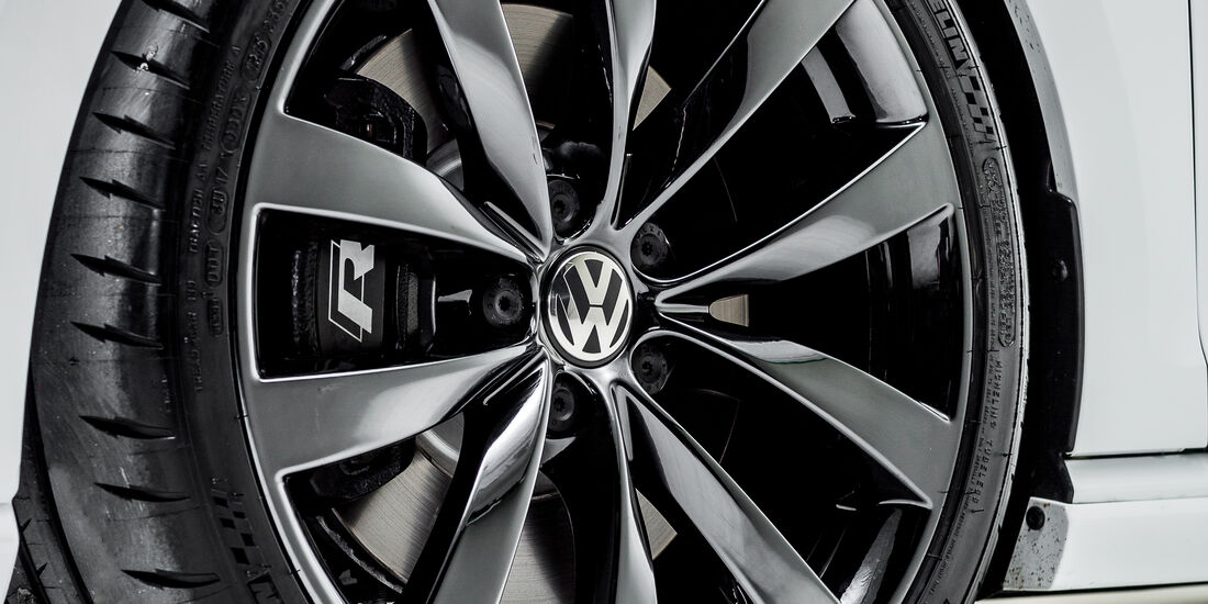VW Enthusiast Vehicles Golf R