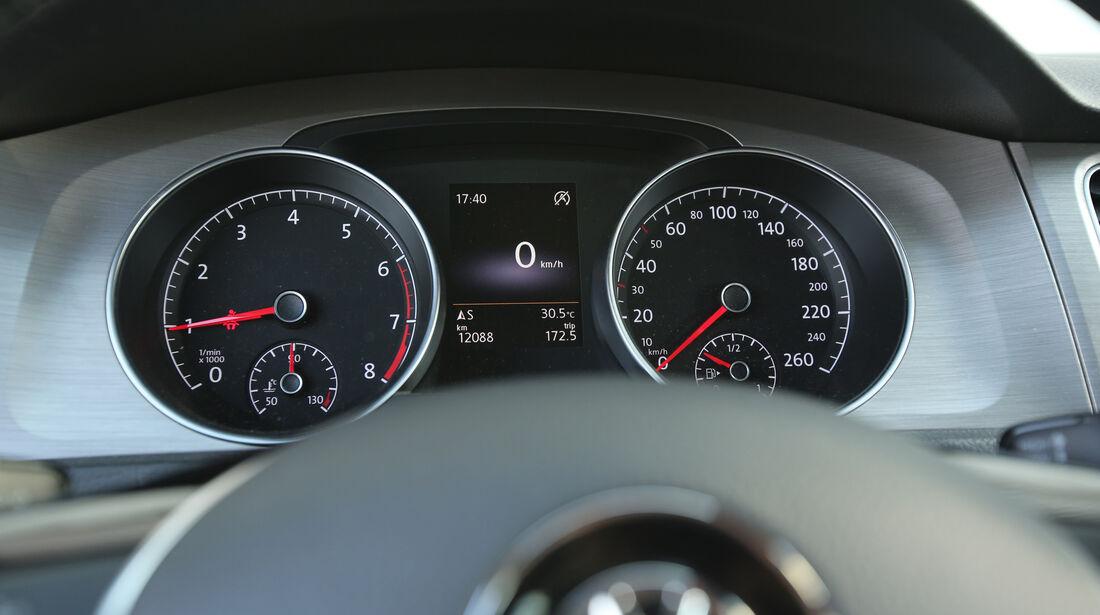 VW Golf 1.0 TSI, Anzeigeinstrumente