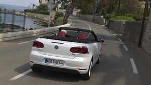 VW Golf Cabrio, Rückansicht, Straßenfahrt
