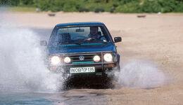 VW Golf Country, Frontansicht, Wasserdurchfahrt