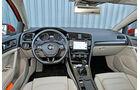 VW Golf GTI 2.0 TDI, Cockpit, Lenkrad