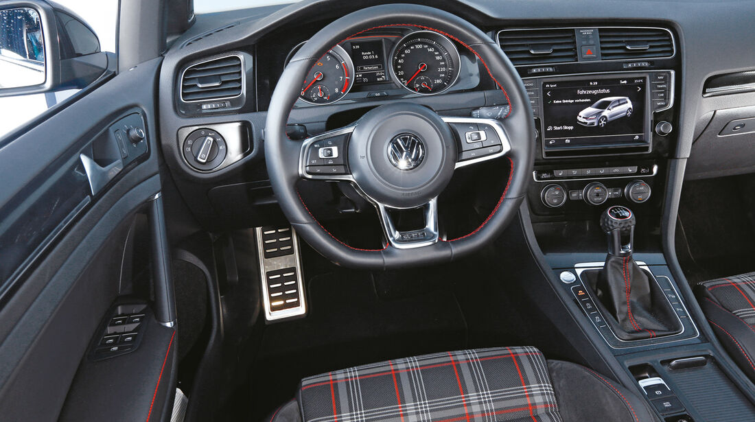 VW Golf GTI Performance, Cockpit, Lenkrad
