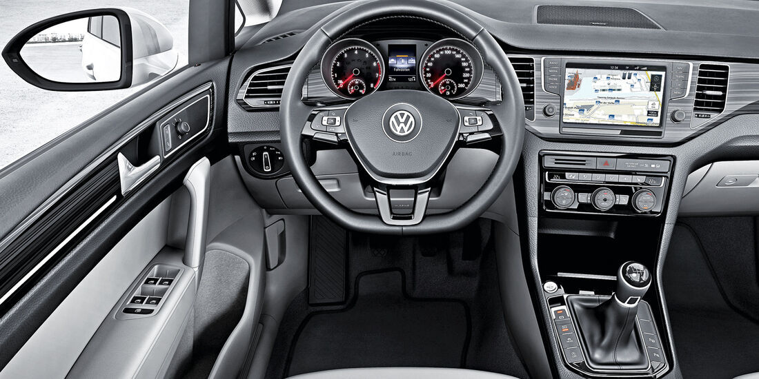 VW Golf Sportsvan, Cockpit