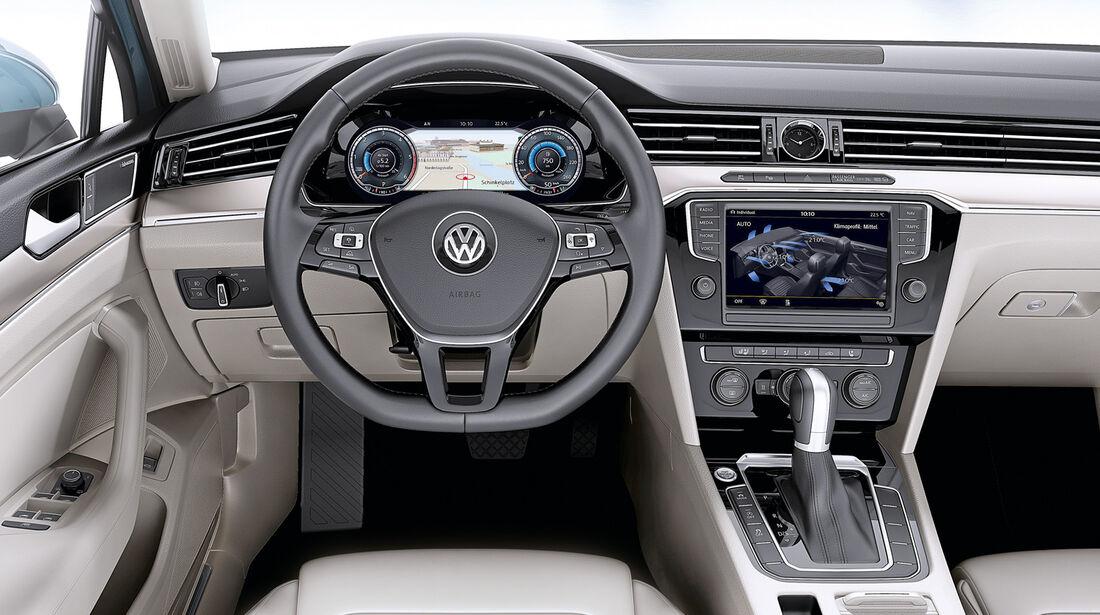 VW Golf VIII, Cockpit
