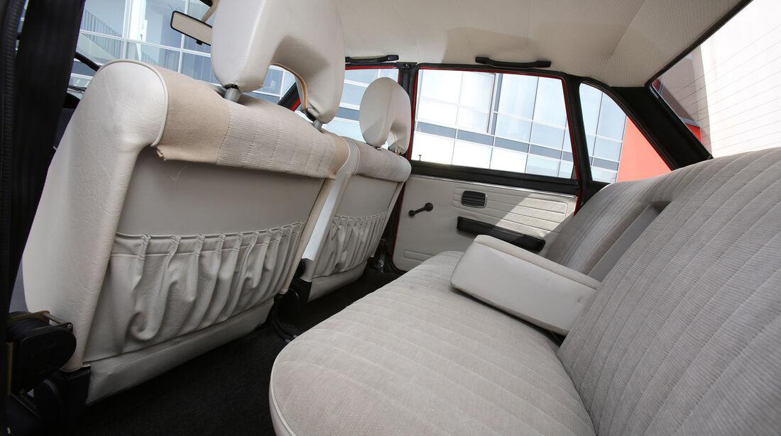 VW K 70, Rücksitz, Beinfreiheit