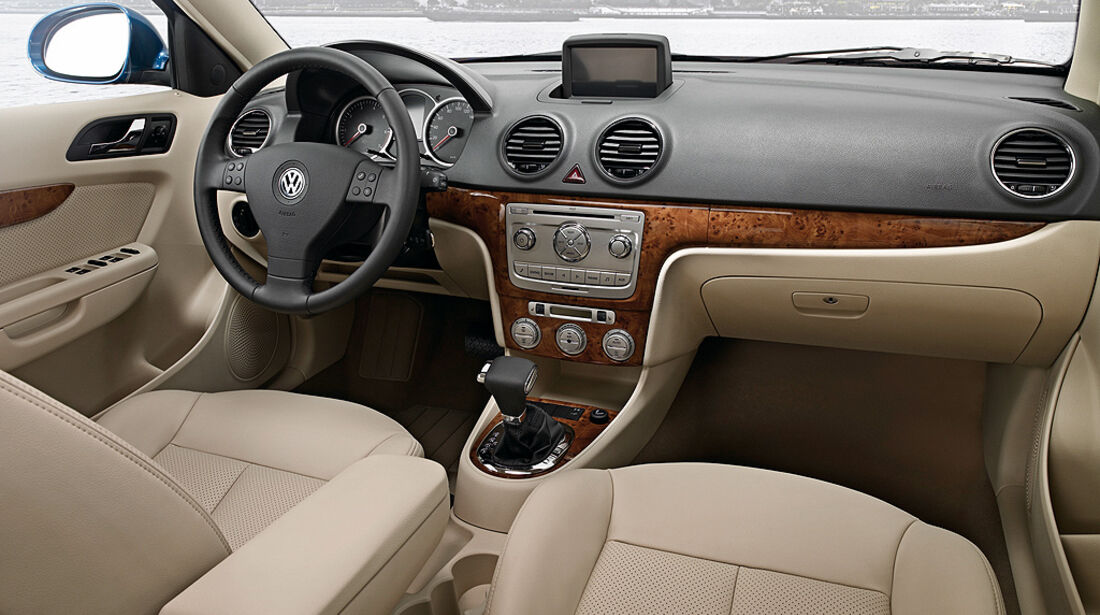 VW Lavida, Cockpit