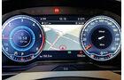 VW Passat Variant 2.0 TDI 4Motion, Digitale Instrumente