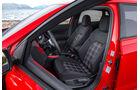 VW Polo VI GTI (2018) AW 2G rot Interieur