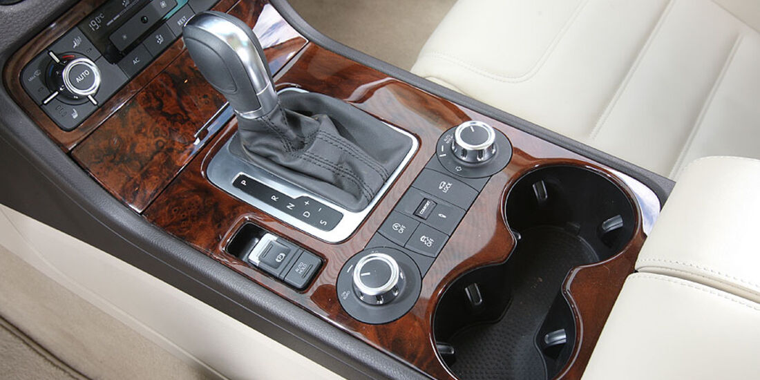 VW Touareg V6 TDI Mittelkonsole
