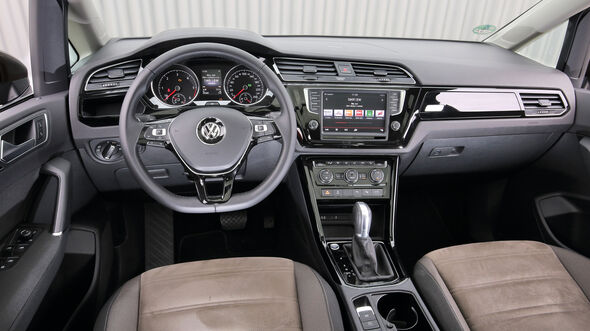 VW Touran 2.0 TDI, Cockpit