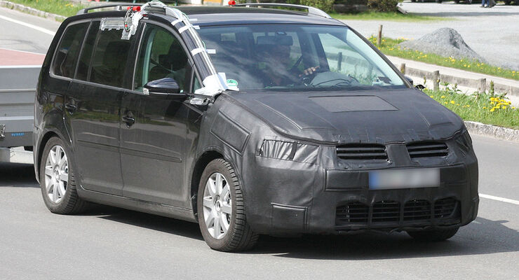 VW Touran Erlkönig