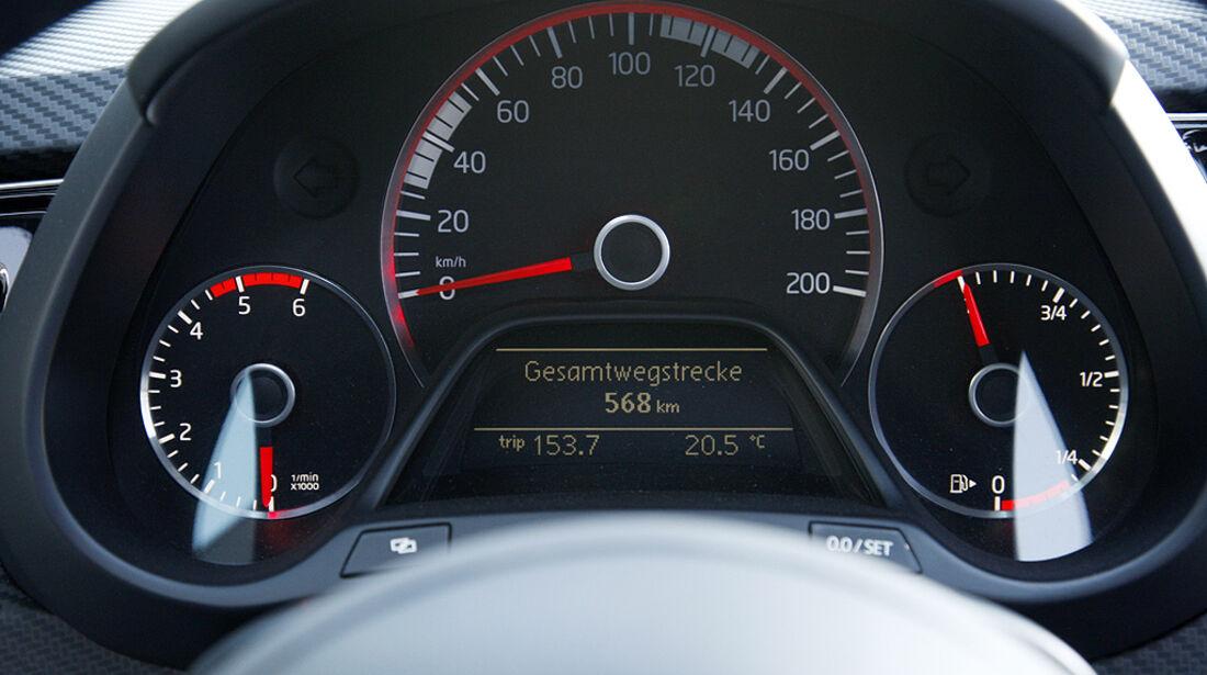 VW XL1, Einliter-Auto, Tacho