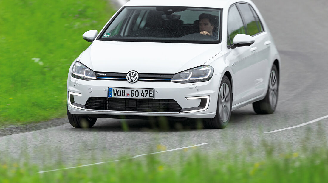 VW e-Golf Front