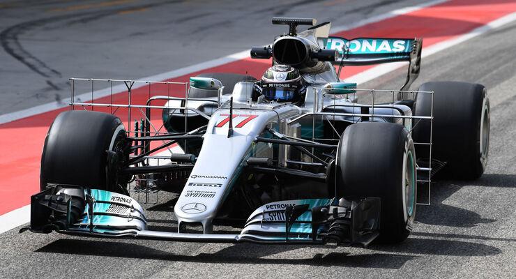 Valtteri Bottas - Mercedes - Formel 1 - Testfahrten - Bahrain - Mittwoch - 19.4.2017