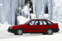 Volvo 440, 1990