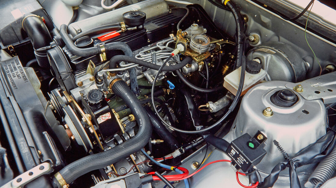 Volvo 700, Kaufberatung, Motor