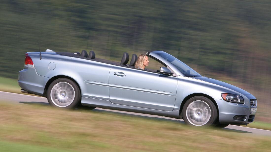 Volvo C70, Seitenansicht