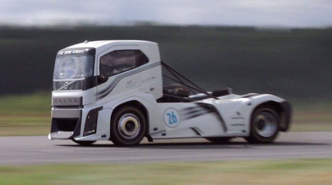 Volvo Racetruck Iron Knight 08/2016